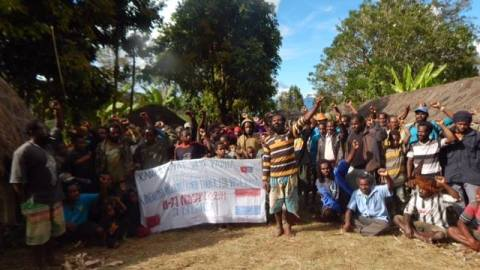 West Papuans in Lapago/Wamena support the launching of ILWP in the Netherlands